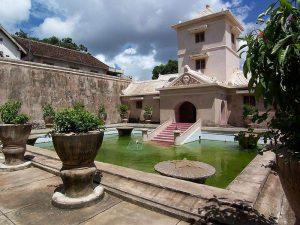 Castillo del agua en Java