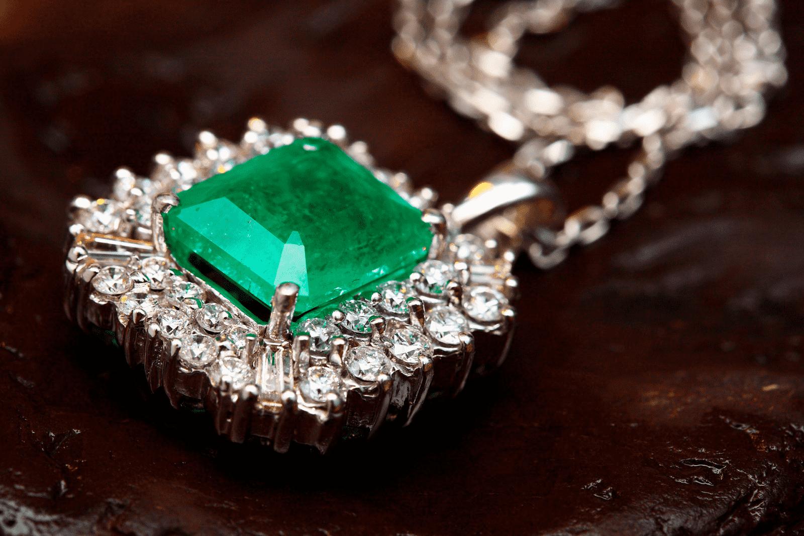 Comprar Jade en los mercados de Vietnam