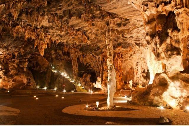 Cuevas Cango