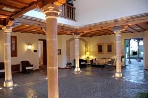 Hotel_puertaDeLaLuna_Jaen