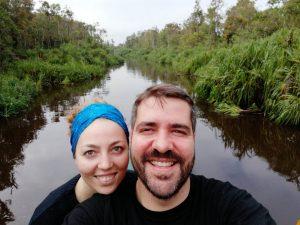 Natalia y Alejandro en el Parque de Tanjung Puting
