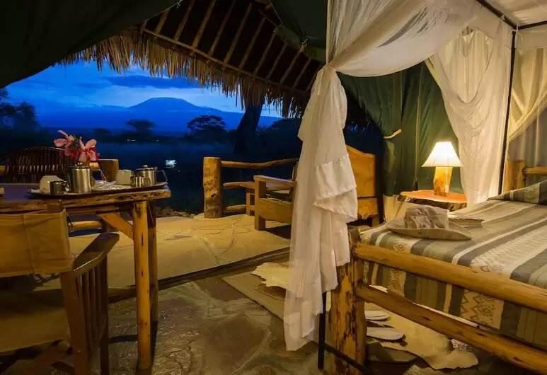 Kibo Lodge