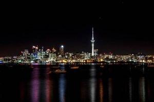 Auckland con la Sky Tower