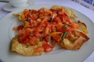 Wan ton con tomate