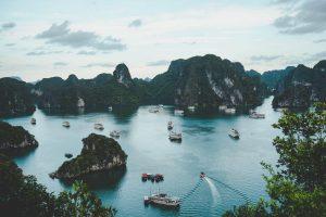 Panorámica de la bahía de Halong