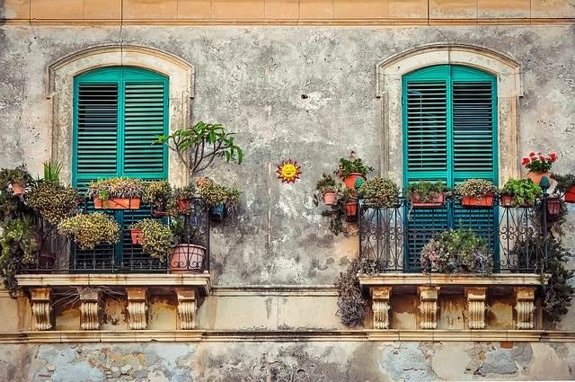 balcón típico cubano