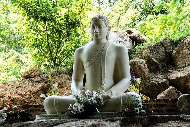 Buda sentado en Sri Lanka