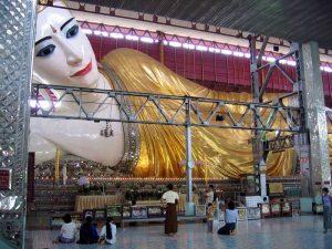 buda tumbado de Myanmar