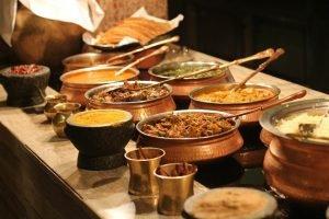 Bufé de platos indios