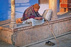 Anciano en India