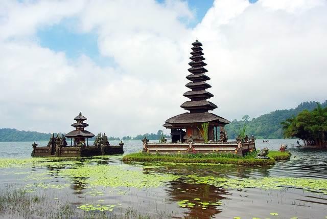 templo a la diosa del agua en Bali