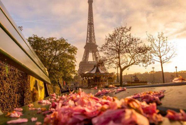 luna de miel romántica París