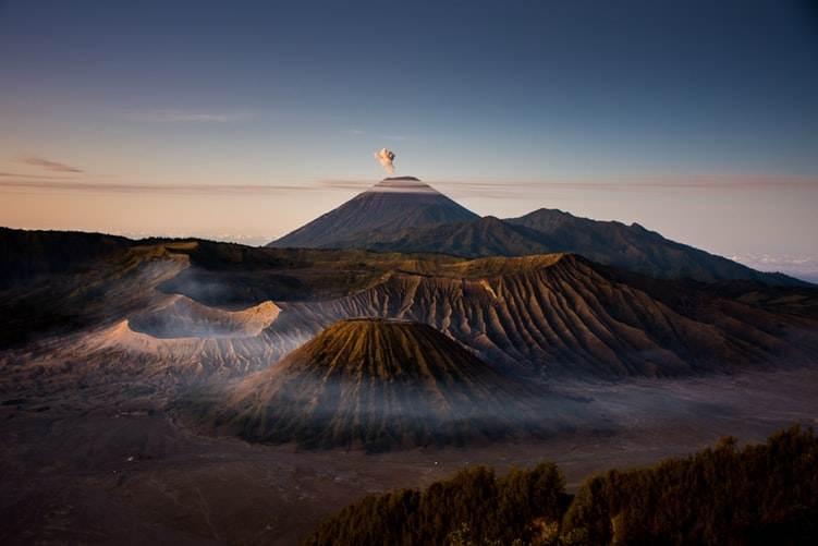 Vista panorámica del Monte Bromo en Indonesia