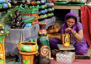 Mujer de la India trabajando