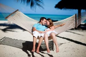 Pareja en una luna de miel en Zanzibar