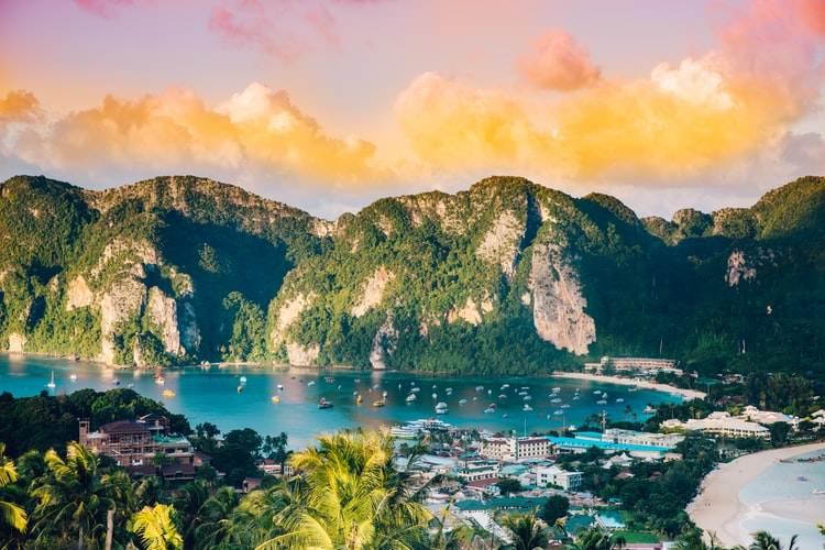 Vista panorámica de las islas Phi Phi