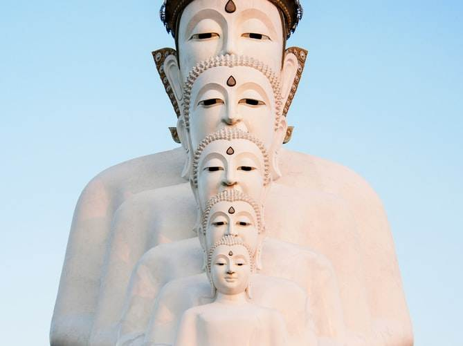 Wat Pha Sorn Kaew en Phetchabun (Tailandia)