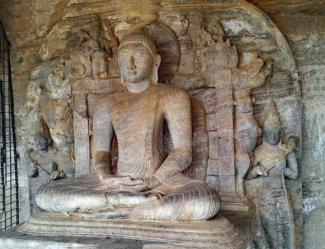 Polonnaruwa-buda-sri lanka