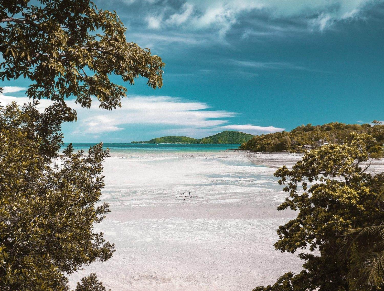 Playa de Polinesia Francesa