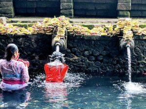 Pura Tirta Empul templo en Bali
