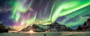 Noruega con aurora boreal