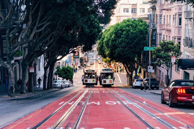Tranvías en una de las calles de San Francisco