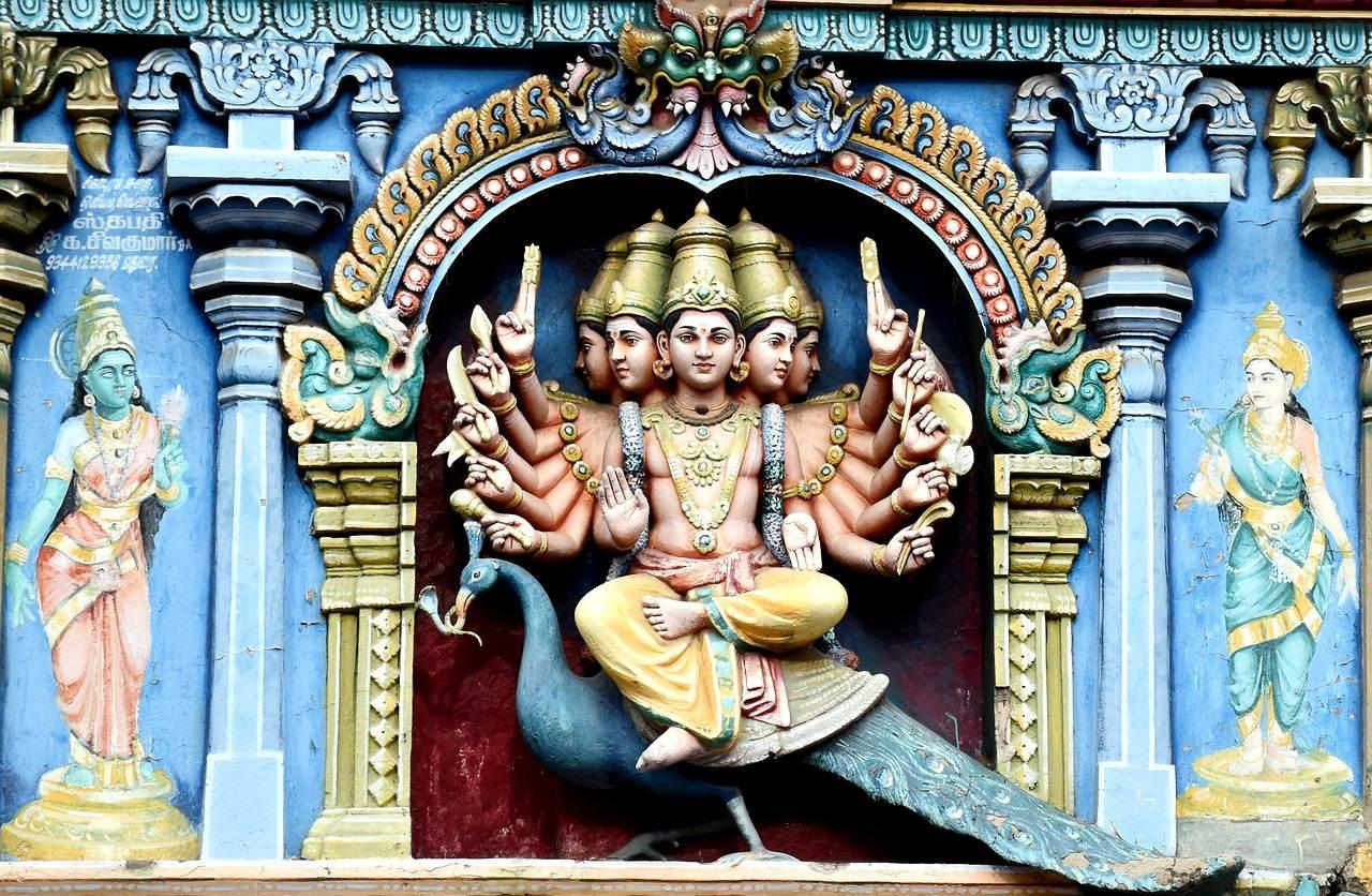 detalle de una imagen del templo