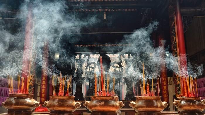 templo de gnoc son en hanoi
