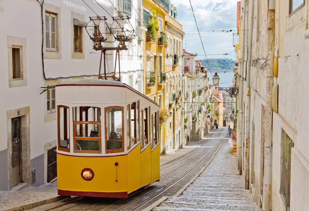 La Alfama: pura esencia de Lisboa.